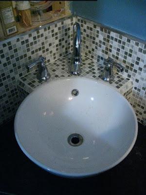 [Image: sink.JPG]