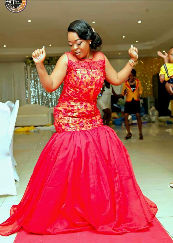 Kitchen Party Dress Designs For The Bride Fashenista