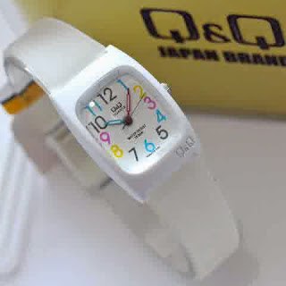 jam tangan Q&Q 4ladies white rubber