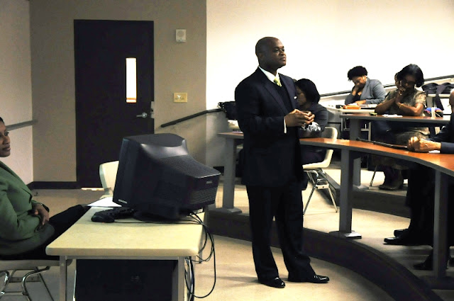 Nov. 2011: Career Planning w/Marvin Hamilton - DSC_0109.JPG