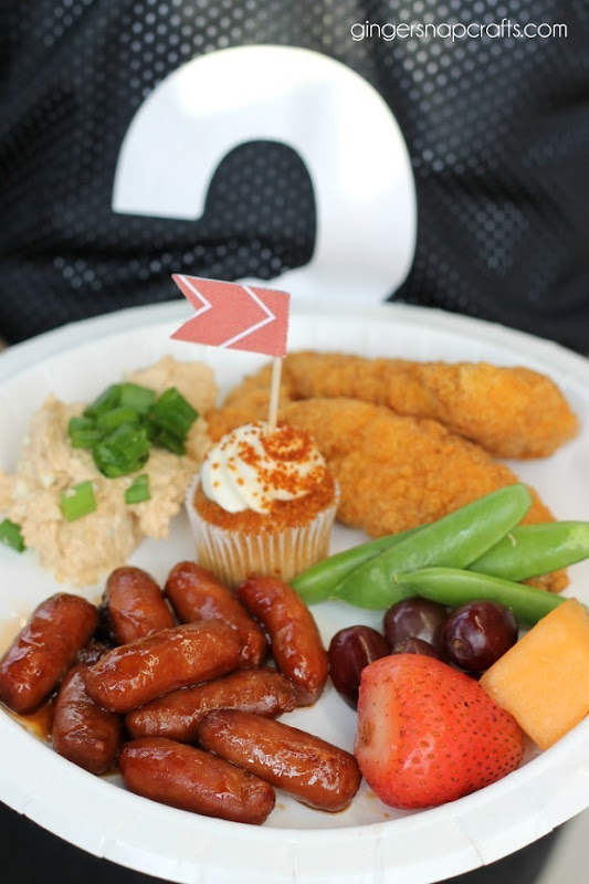 tailgating plate of food