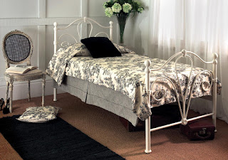Unique LB Victorian design metal bed frame in ivory gloss
