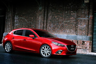 Yeni-Mazda-3-2014-9