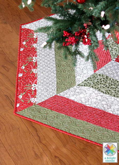 Holly Jolly Tree Skirt pattern - a quick to piece quilted christmas tree skirt idea