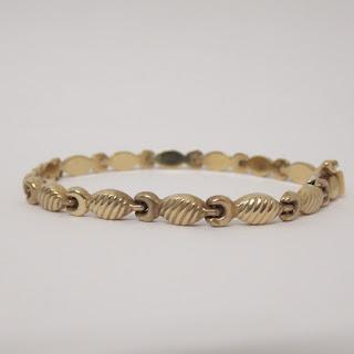 14K Gold Fish Link Bracelet