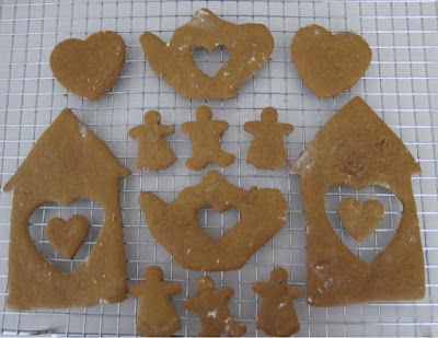 cut out cookies house, heart, tea pot