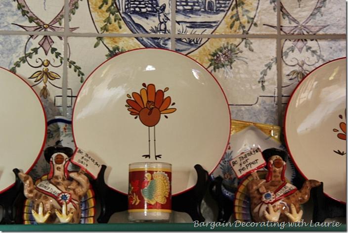 Humorous Turkey Plates for Thanksgiving Decor
