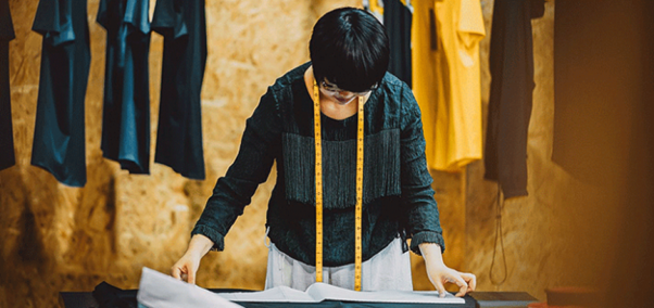 Five Major Qualities to Consider in Clothing Distributors