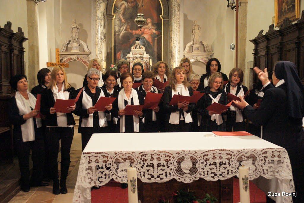 Nastup zborova 2011 - DSC03043.JPG
