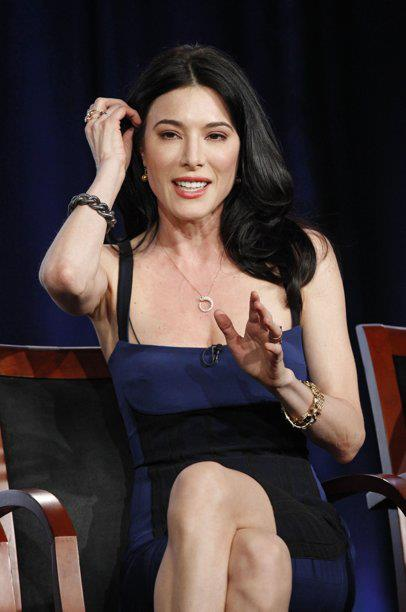 Jaime Murray Profile pictures, Facebook, Instagram, Pinterest.