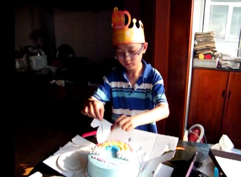 woz with his 11 year birthday cake