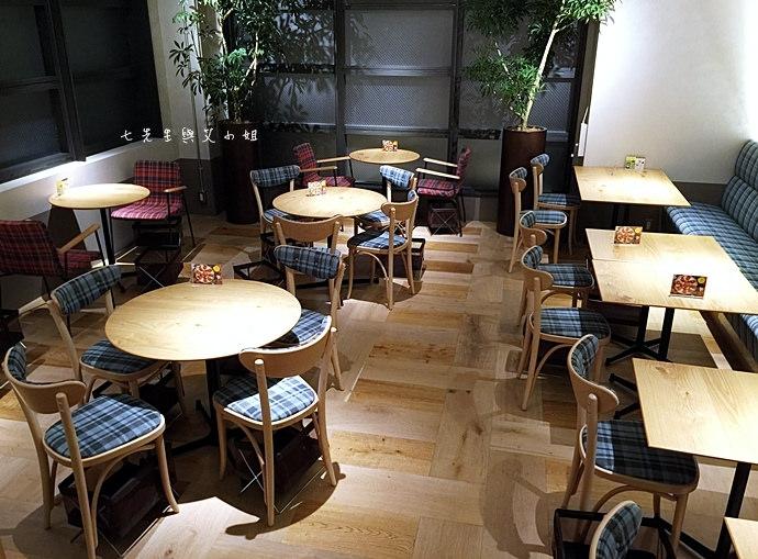12 PABLO 東京表參道 草莓大福起司塔 迷你起司塔