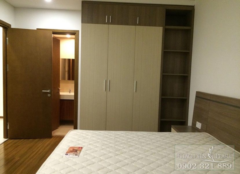 tủ quần áo trong phòng ngủ căn hộ thảo điền pearl quận 2