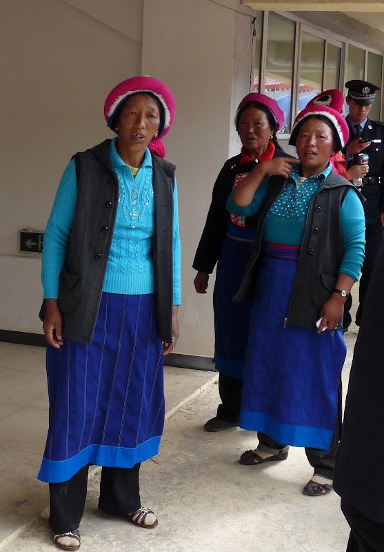 Chine. Yunnan.Shangri la Course hippique annuelle - P1250683.JPG