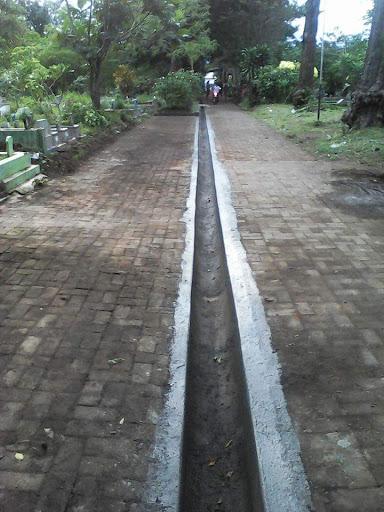 Makam RW 02