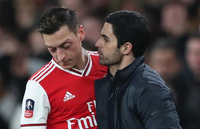 Mesut Ozil meninggalkan Arsenal dengan 44 gol dan 71 assist dalam 254 perlawanan.