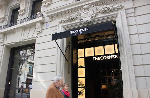 Façana The Corner Hotel.JPG