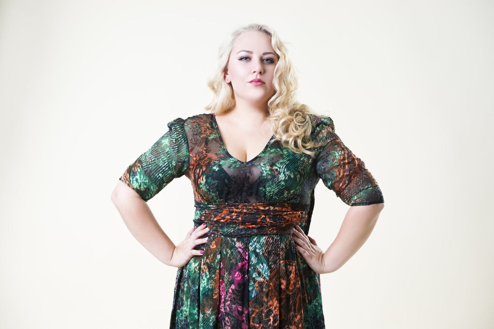 Latest Plus Size Woman Hairstyles -Flirty and Flattering Hair! 4