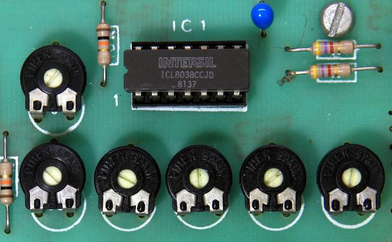 Omnitec FG200 Function Generator - Page 1