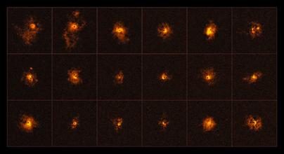 halos brilhantes em torno de quasares distantes