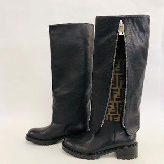 *SALE* Fendi Logo Boots