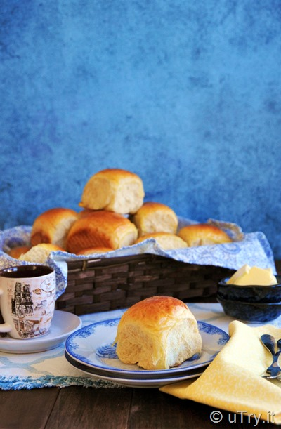 Hawaiian Buns (Tang Zhong Method) 夏威夷麵包-湯種法    http://uTry.itHawaiian Buns (Tang Zhong Method) 夏威夷麵包-湯種法    http://uTry.it
