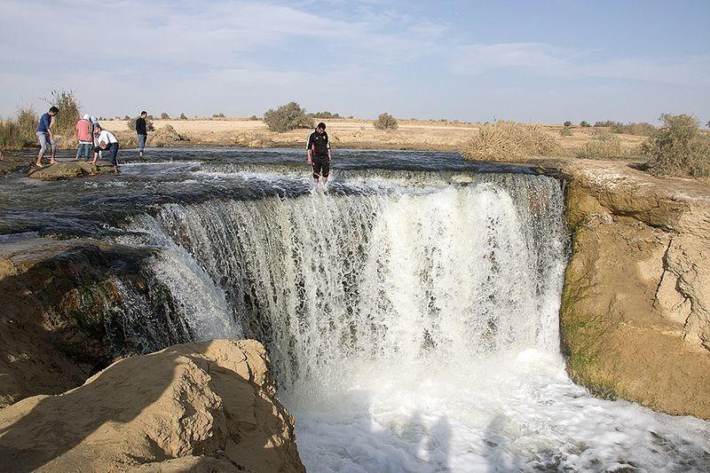 wadi-el-rayan-waterfalls-5