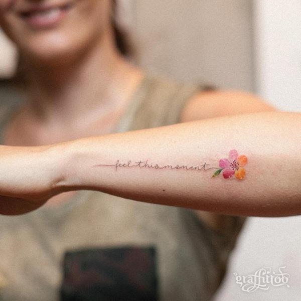este_significativo_aquarela_flor_da_tatuagem