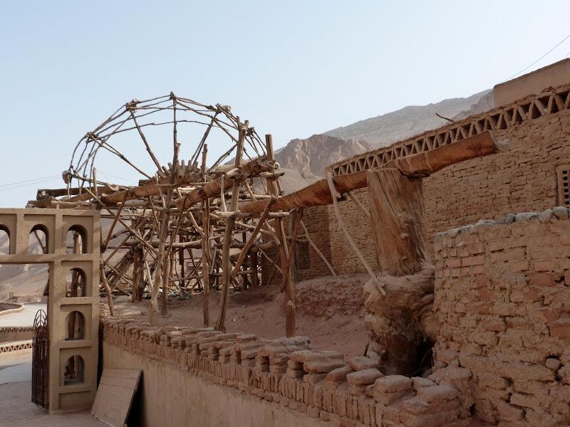 XINJIANG.  Turpan. Ancient city of Jiaohe, Flaming Mountains, Karez, Bezelik Thousand Budda caves - P1270985.JPG