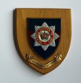 Bord van de Household divisie. Aangeboden door Engelse veteraan van de Coldstream Guards aan zijn gastgezin. http://www.secondworldwar.nl/enschede/