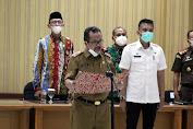 Bupati Cirebon: Jaga Kondusivitas Daerah di Pilwu Serentak 2021