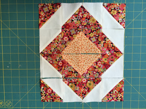 Block 10: 16 HST quilt sampler tutorial