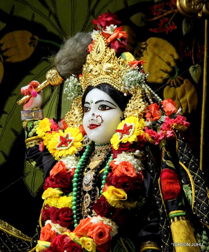 ISKCON Juhu Sringar Deity Darshan on 31st Dec 2016 (11)