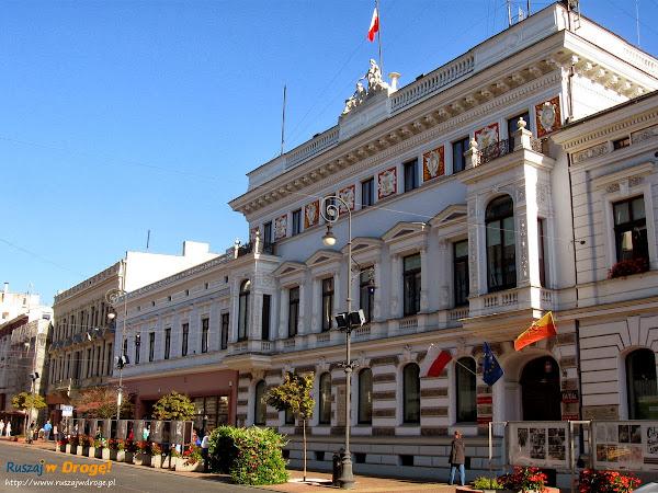 centrum Łodzi - budynek urzędu miasta