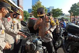 Kapolda Jatim Berikan 250 Unit Sepeda Motor dan 2 Unit Ambulance Demi Menunjang Kinerja Babinkantibmas