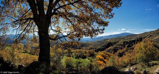Camí ral d'Antist a Estavill. Al fons, Estavill. La Vall Fosca, Pirineu. Ruta El cinquè llac. Torre de Capdella, Pallars Jussà, Lleida