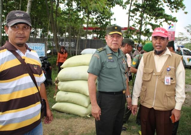 Tim Sergap TNI  turun lapangan pantau dan serap gabah petani