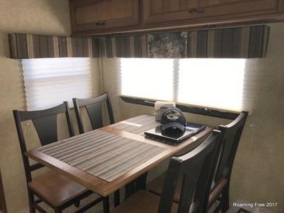 Diningroom - New valances