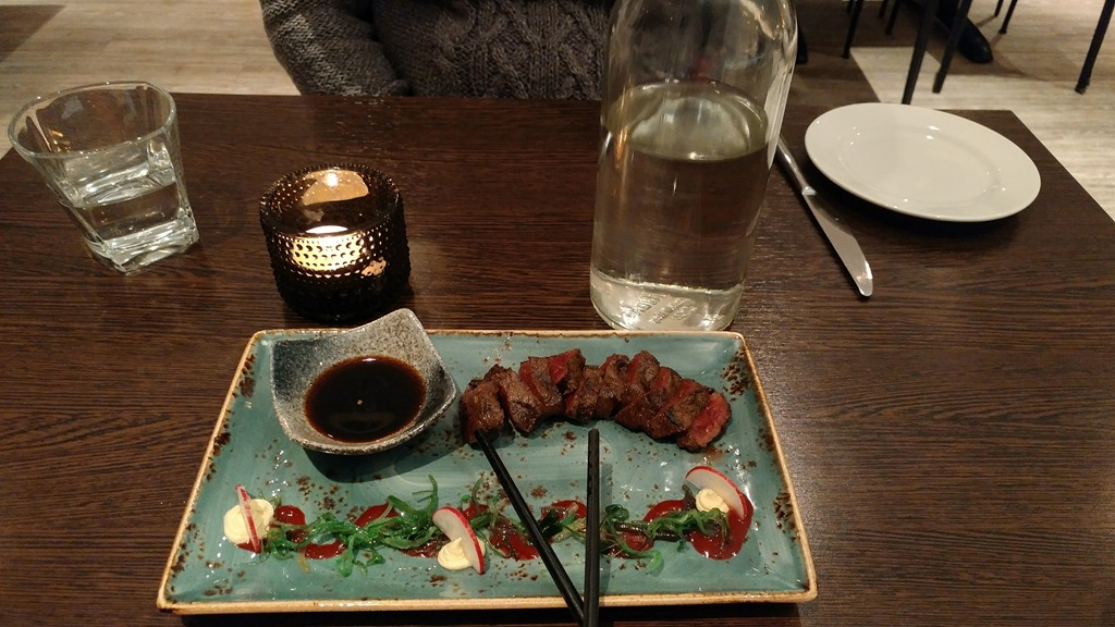 [Mink+Whale+dinner%5B5%5D]