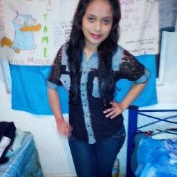 Adilene Valencia Photo 8