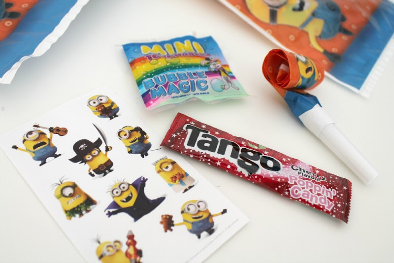 despicable me minions party bag