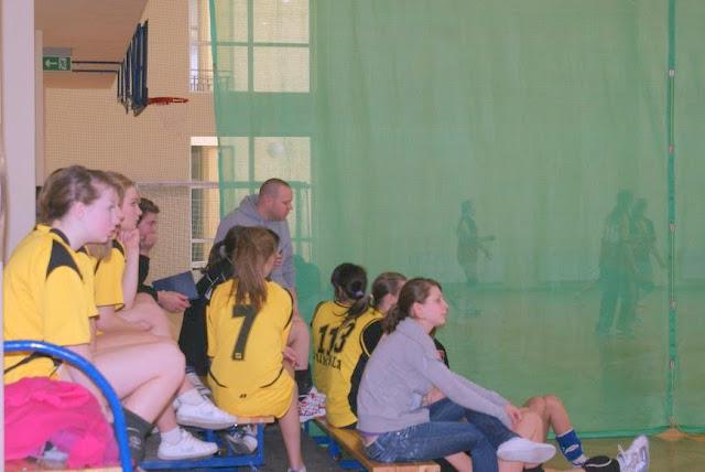 Zawody siatkarskie dziewczat 1 marca 2011 - DSC09389_1.JPG
