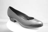 strong breathable court shoe made in the UK from 2mm microfibre