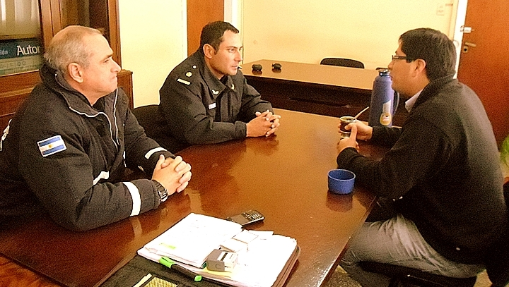 Delegado Municipal de Quequén, Rolando Rodríguez jefe del cuerpo de bomberos de Quequén, Subcomisario Martín Marcó Capitán Héctor Ramón