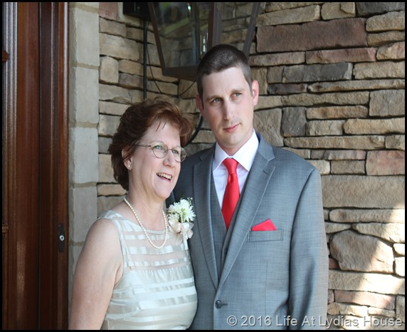mom and groom