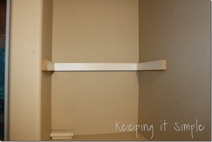 DIY-Shelves-For-A-Small-Bathroom (6)