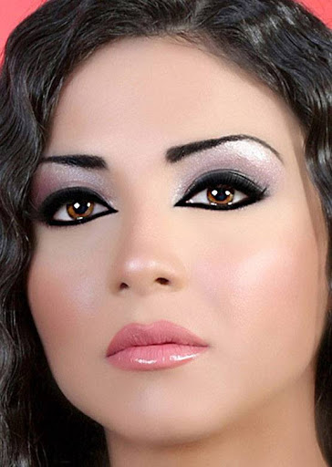 Arab Model Dolly Chahine only face