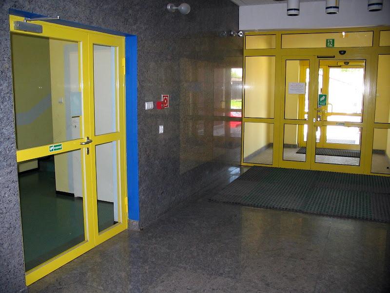 Wyjście z budynku