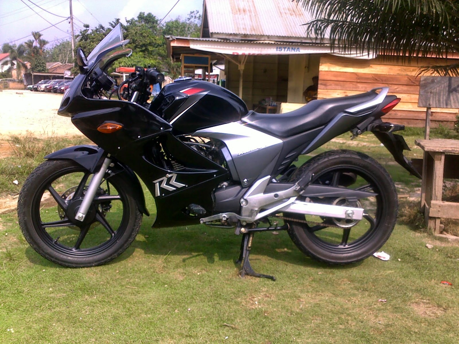 Modifikasi New Megapro Ala Touring