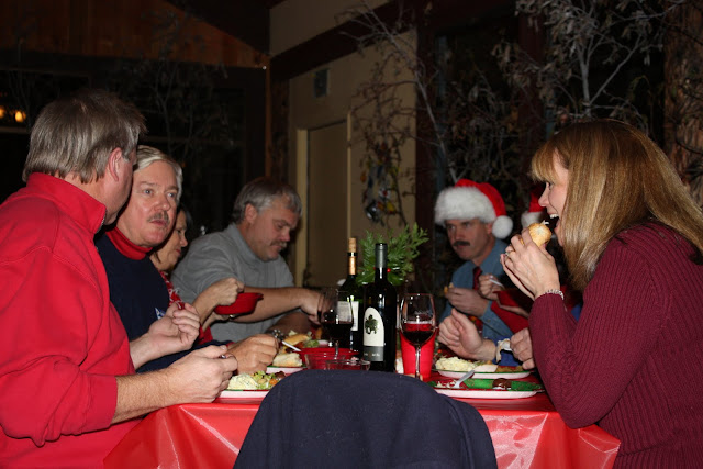 2009 Clubhouse Christmas Decorating Party - IMG_2595.JPG